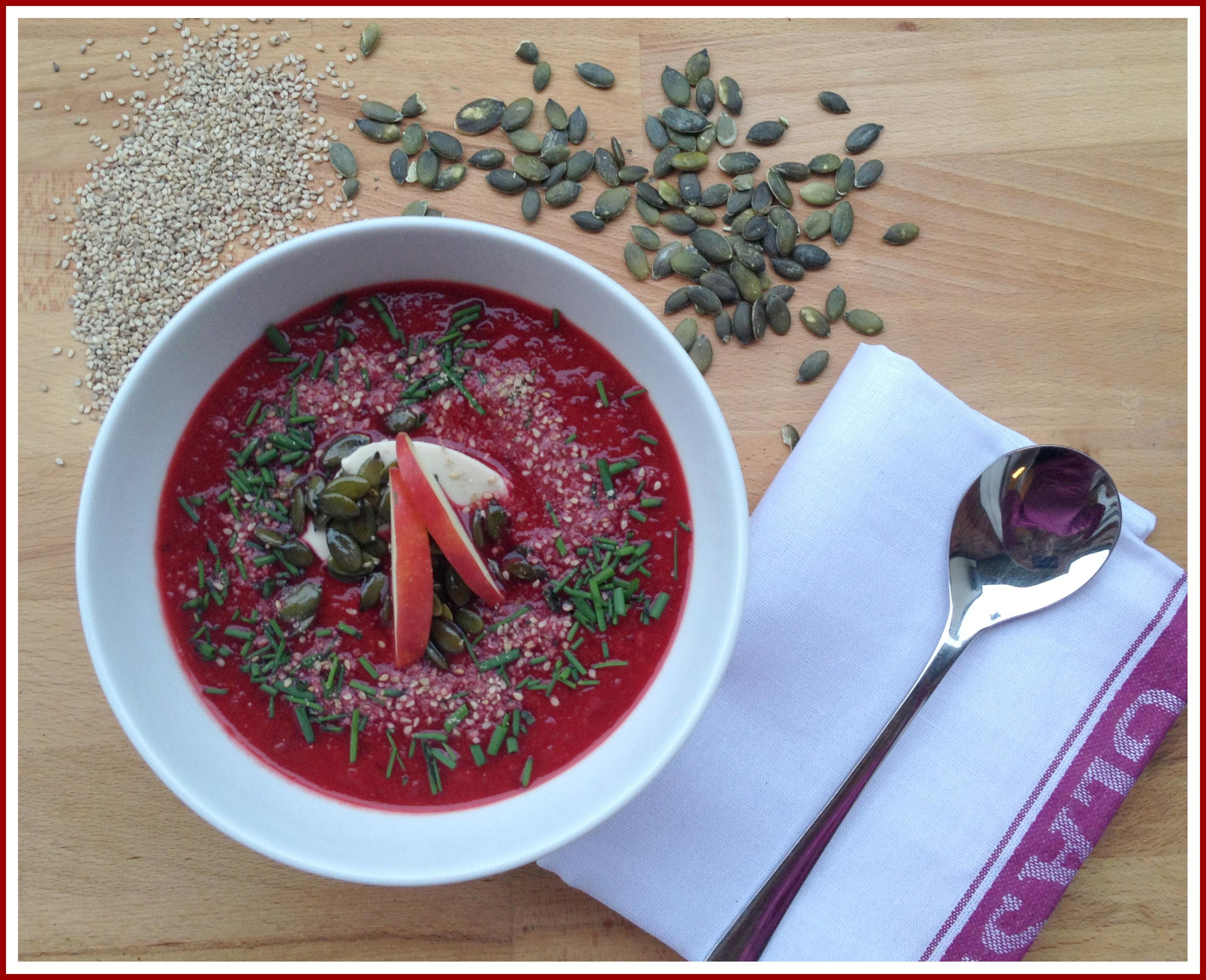 Süßkartoffel-Möhren-Rote Bete-Suppe